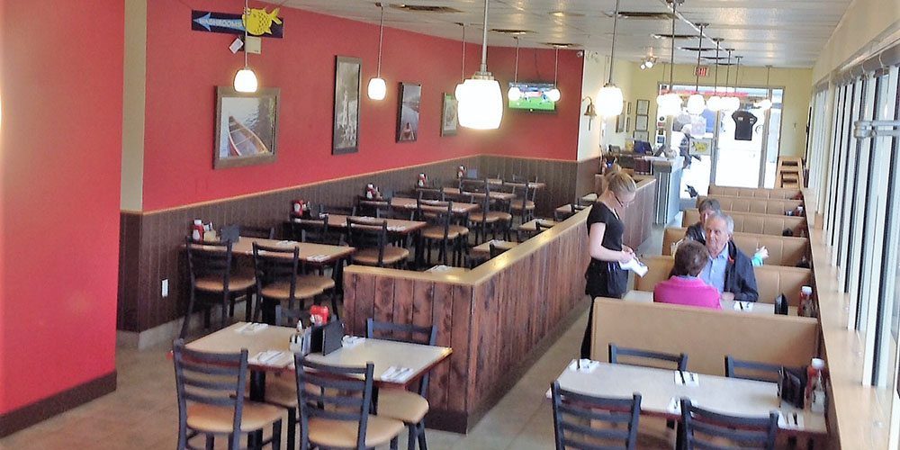 The large open dining area at this Joey's in Vernon